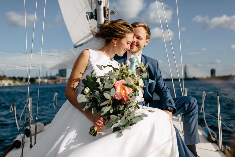 kāzas uz jahtas