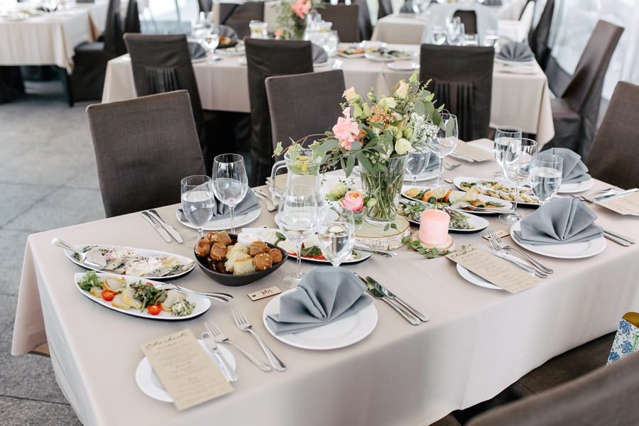 kāzas ostas skati galda klājums
