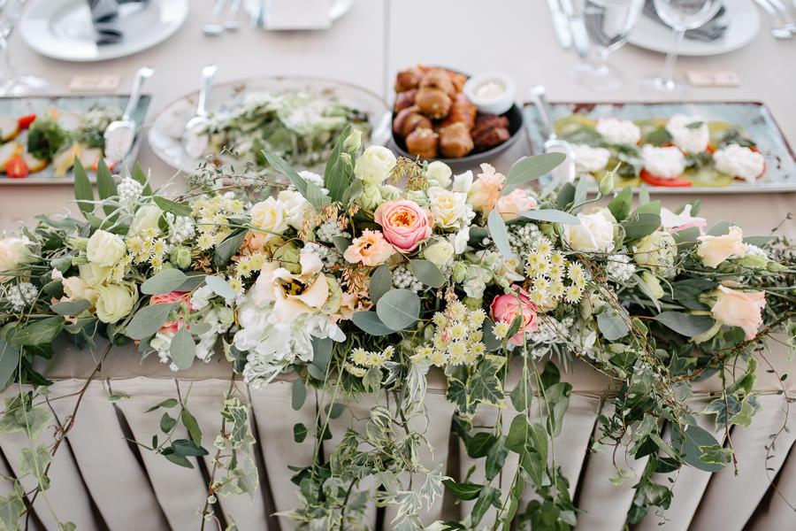 kāzas ostas skati ziedi