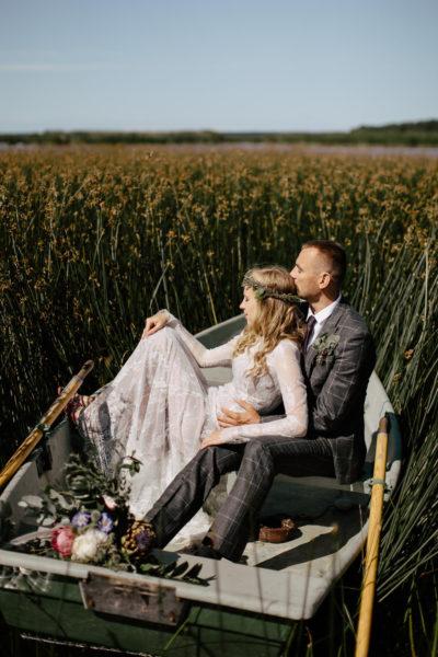 kāzas laivā