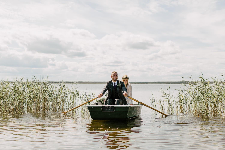 laivu noma engures ezers