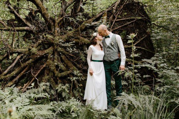 kāzas lauku mājās mazirbē